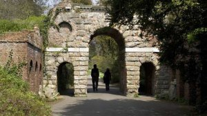 Ruined Arch, Kew Gardens (Source: kew.org)