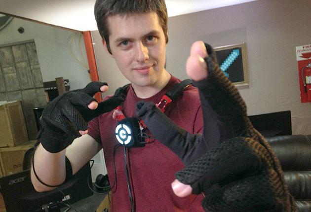 Control VR Glove (Image: Endgadget)
